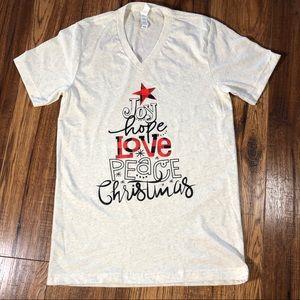 NWOT Christmas graphic T-shirt Buffalo Plaid Small